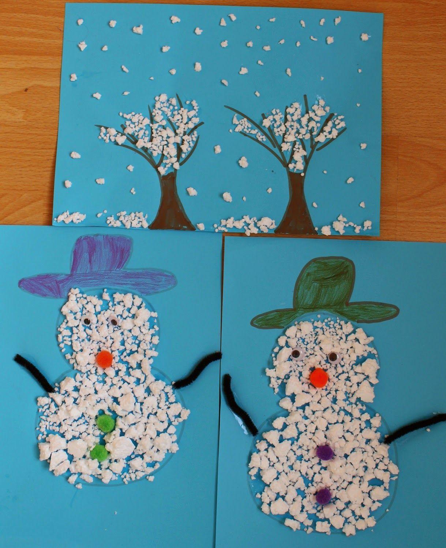 Mamma gioca quadretto d 39 inverno e pupazzi di neve con il for Decorazioni invernali per scuola
