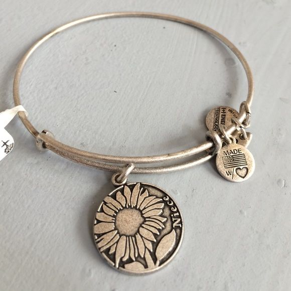 Alex And Ani Sunflower Niece Bracelet With A Charm That Says Jewelry Bracelets