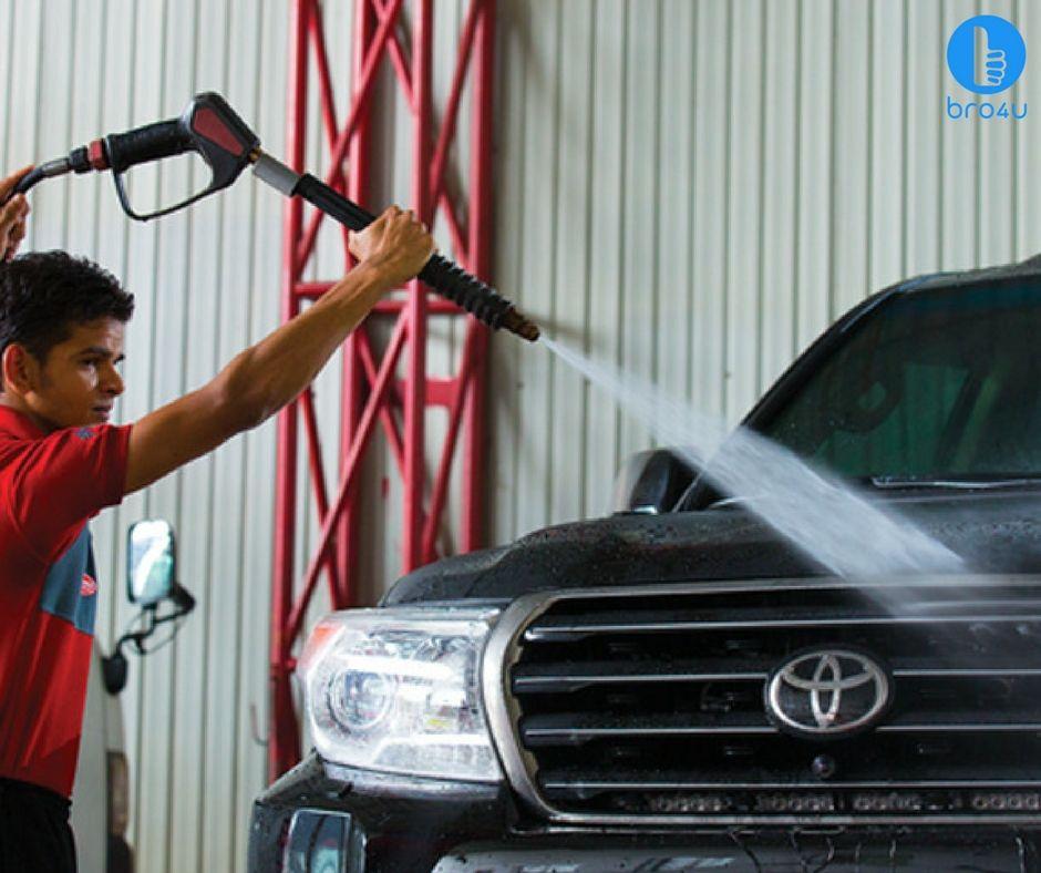 Best door step carwash services in Bangalore Book it