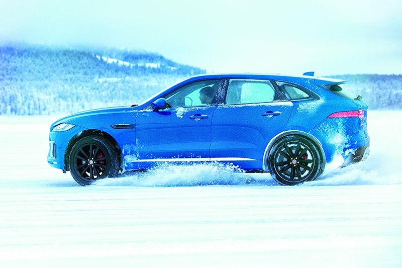 Mourinho learns high speed drifting and full throttle ice driving on a 60 kilometre frozen lake in Arjeplog, Sweden José Mourinho has mastered the art of high speed drifting and full throttle ice driving on a 60km frozen lake at Jaguar Land Rover's extreme testing …