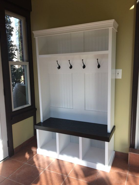 Single hall tree storage bench