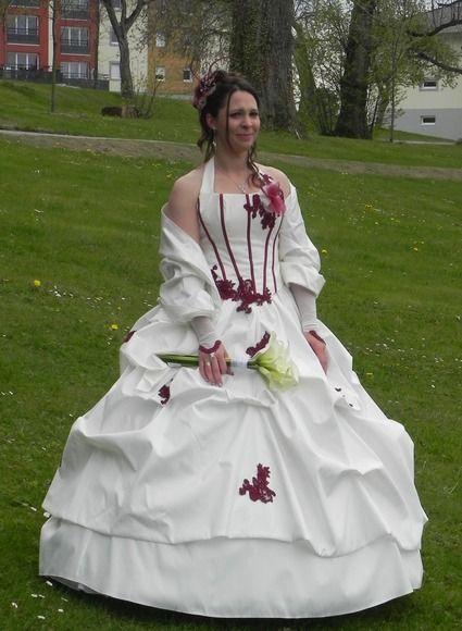 be5c4af6c0f robe de mariée bustier florence ivoire et bordeaux