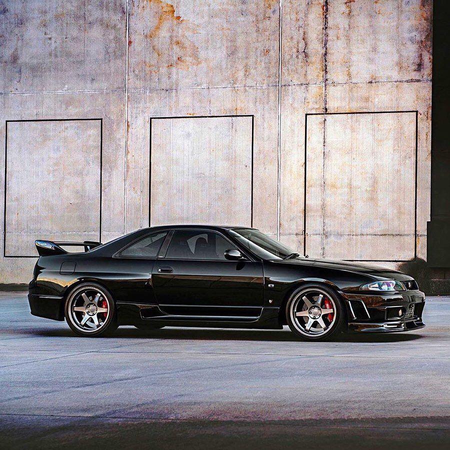 """Old Japanese Cars on Instagram """"Nissan Skyline BCNR33 GTR"""