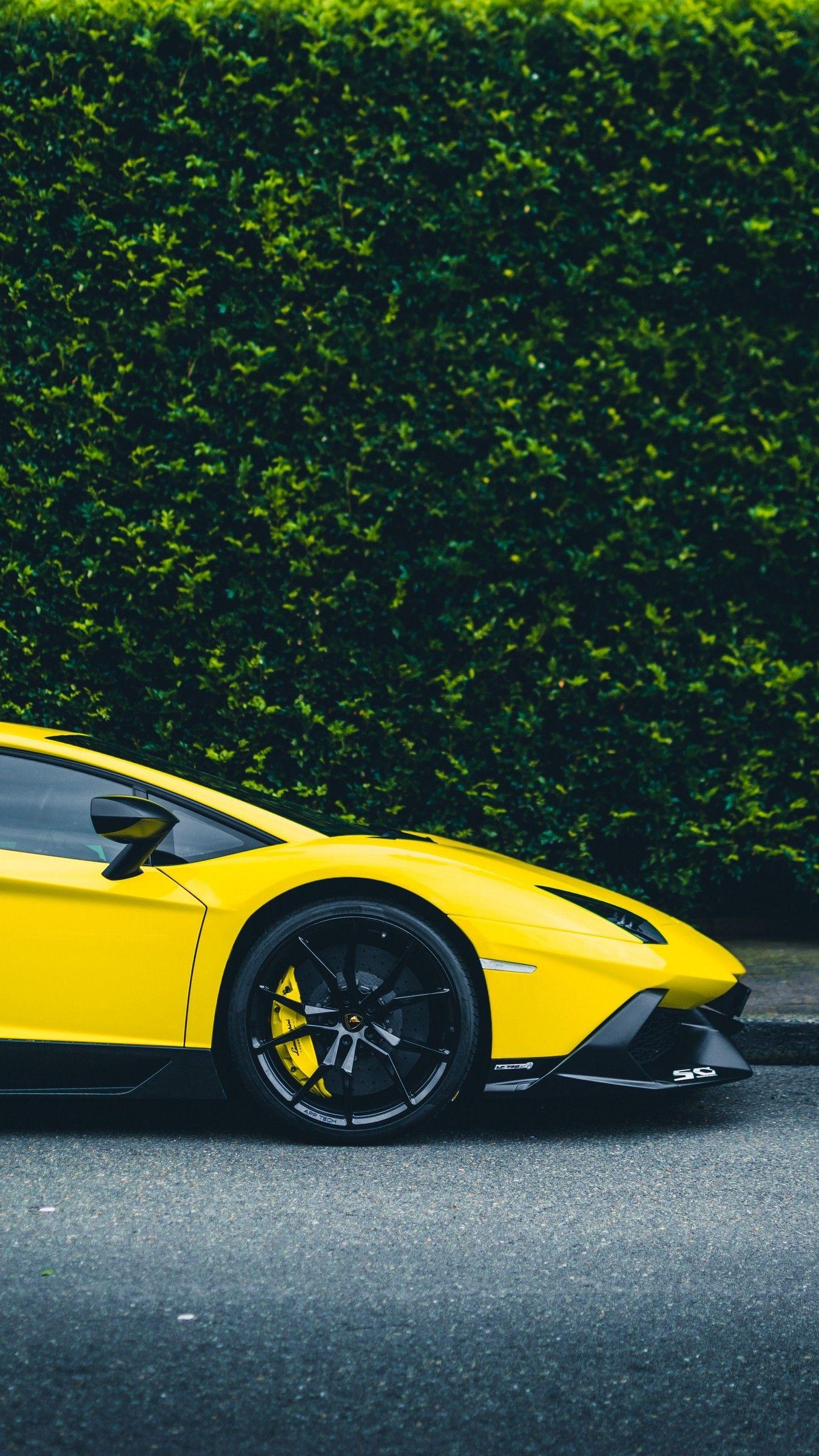 I Phone Paper Yellow Car Lamborghini Pictures Car