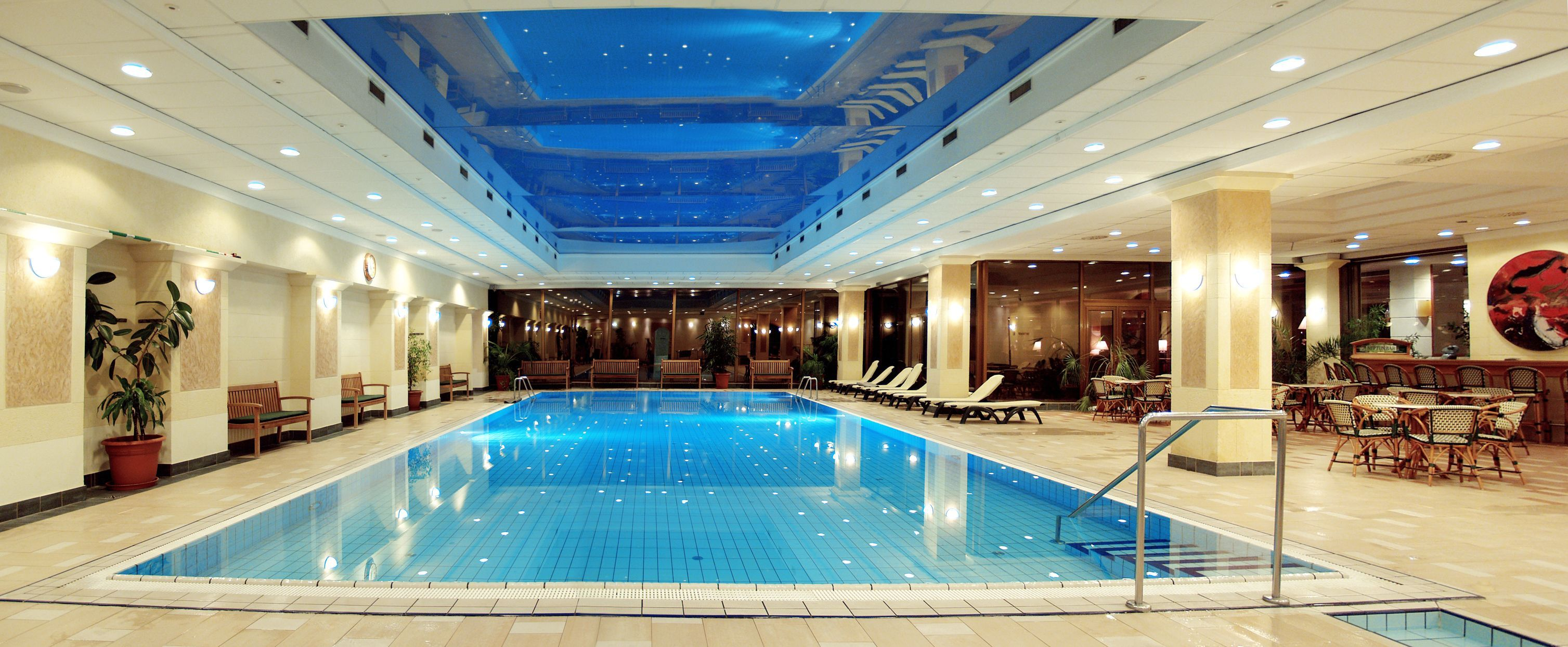 Stretch ceiling is the best choice for your swimming pool for Design hotel ungarn