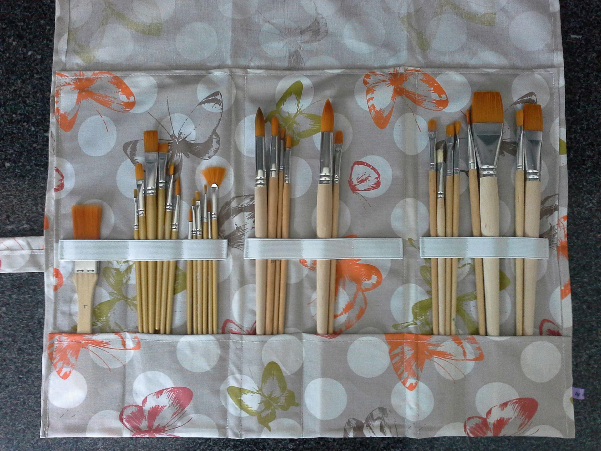 pochette trousse pinceaux d 39 art en coton enduit papillons peintures par ty isabelle 2w. Black Bedroom Furniture Sets. Home Design Ideas