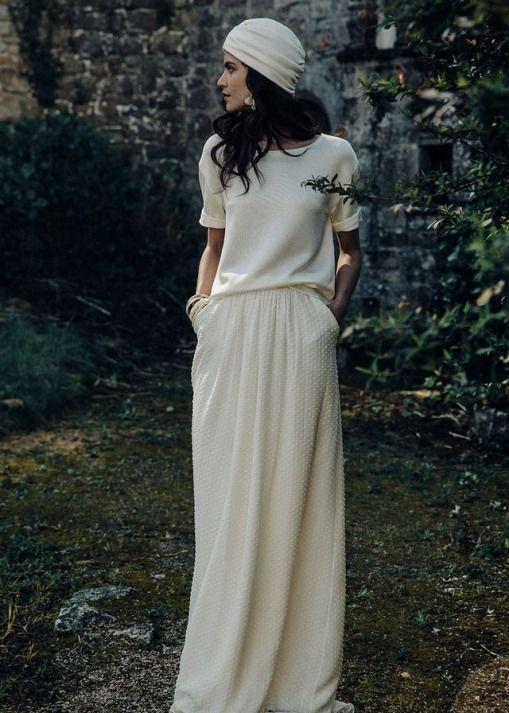 Une tenue légèrement différente qui est une alternative absolue à la robe de princesse …   – hochzeitsoutfit