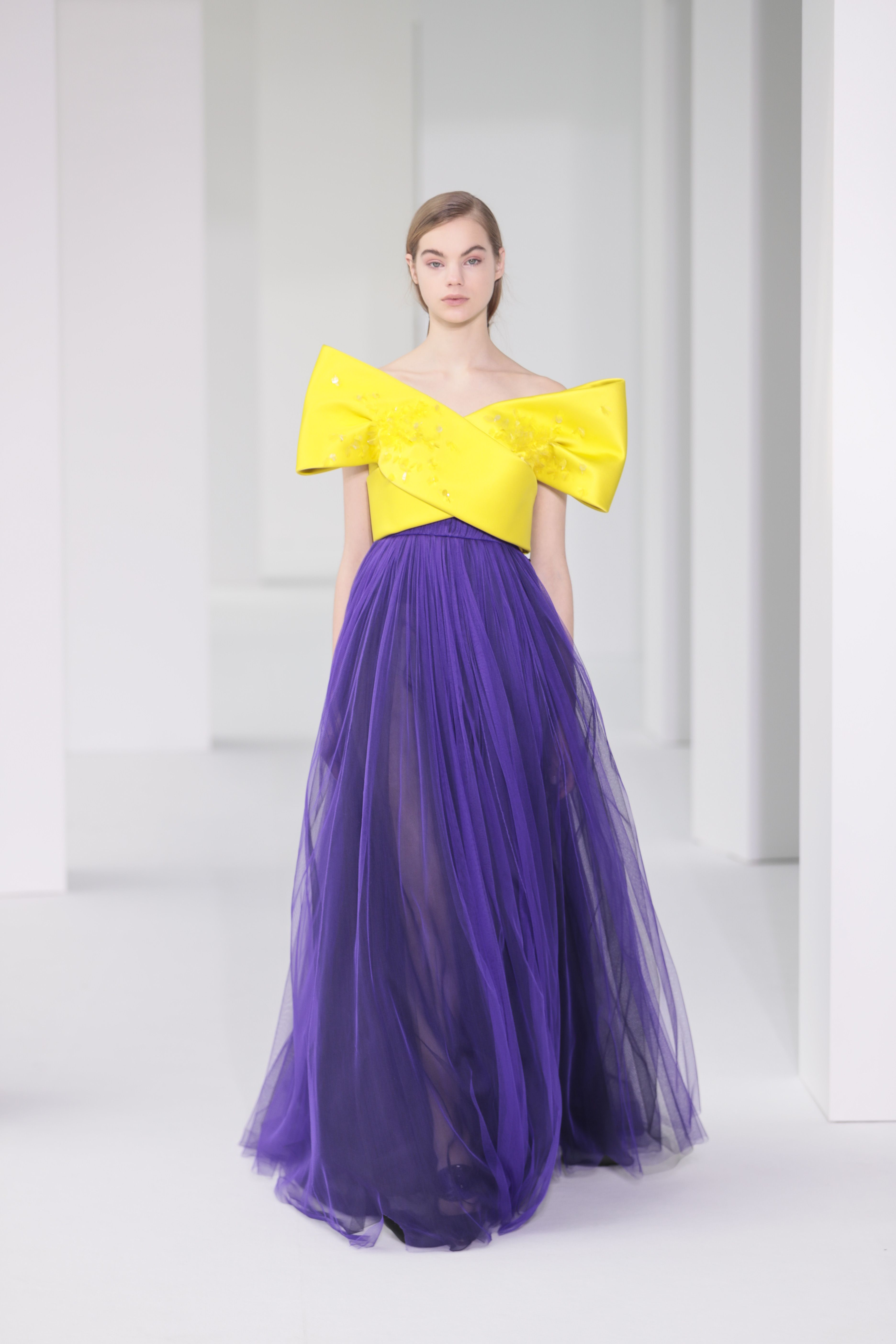 Delpozo FW17 Collection | Diseñadores | Pinterest | Vestido largo ...