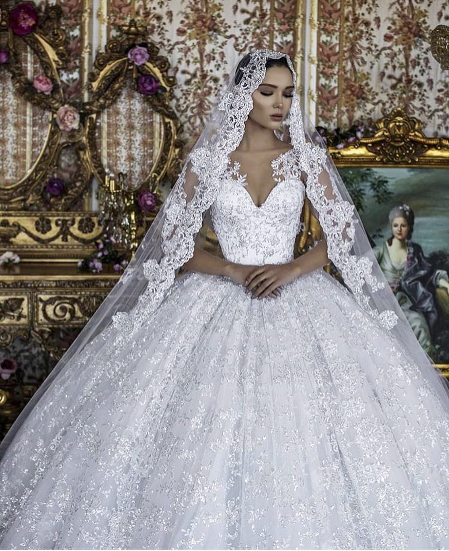 995 Gilla Markeringar 7 Kommentarer Weddingdresseforu Pa Instagram From Frida Xhoi Wedding Dress Couture Wedding Dresses Perfect Wedding Dress