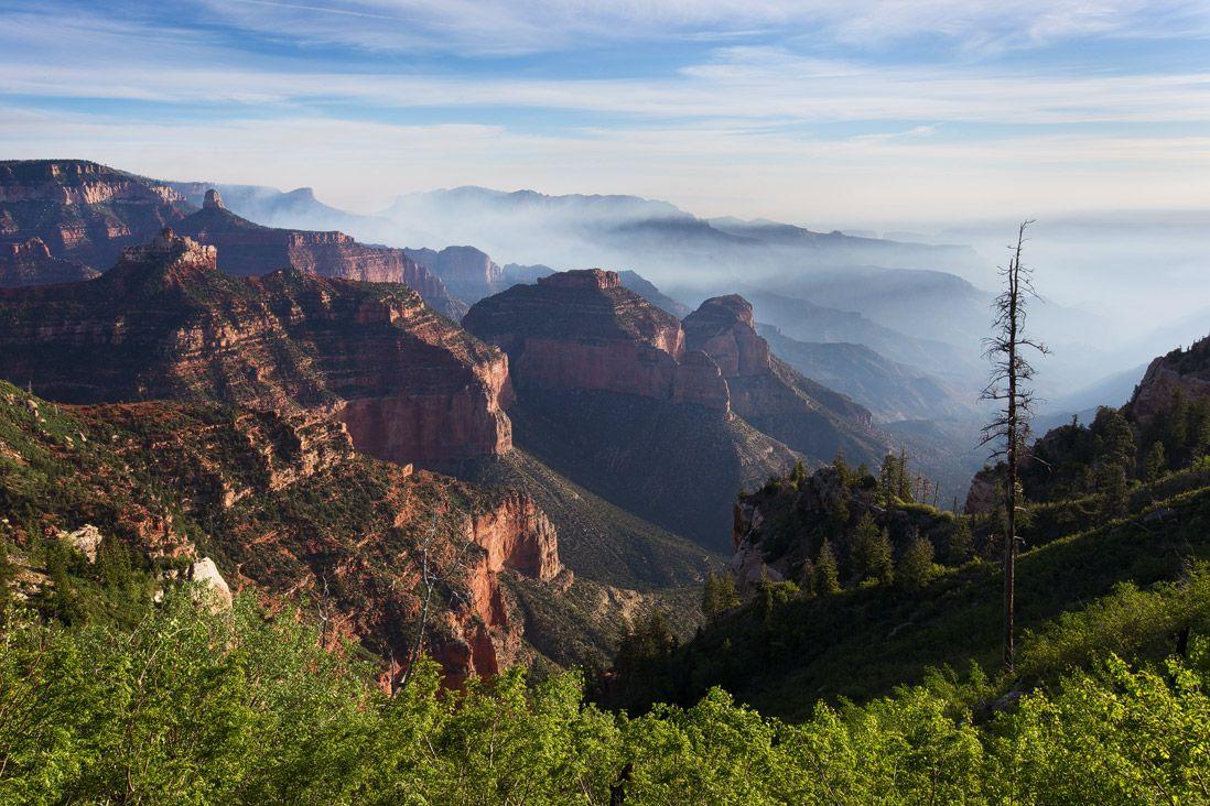 grand-canyon-north-rim-wildfire-haze.jpg (1098×732)