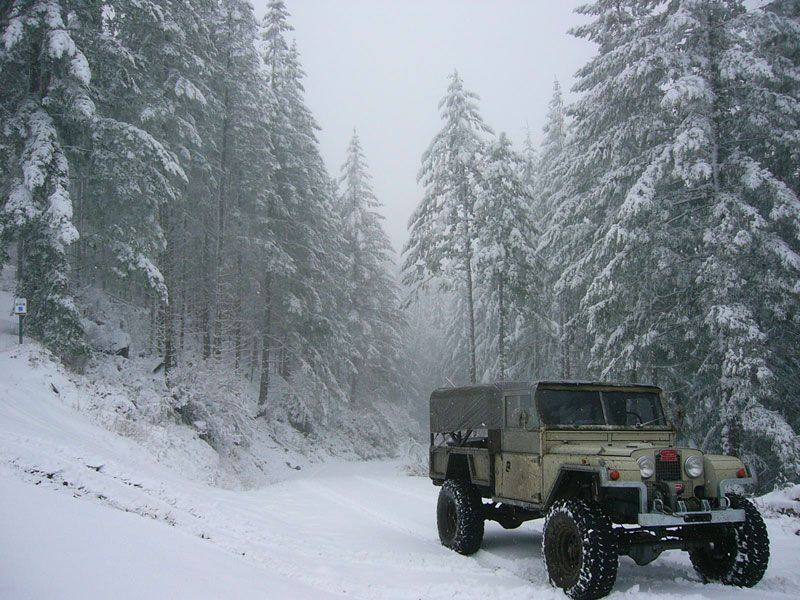 Who owns this old Cooper Rover? - Pirate4x4.Com : 4x4 and Off-Road Forum