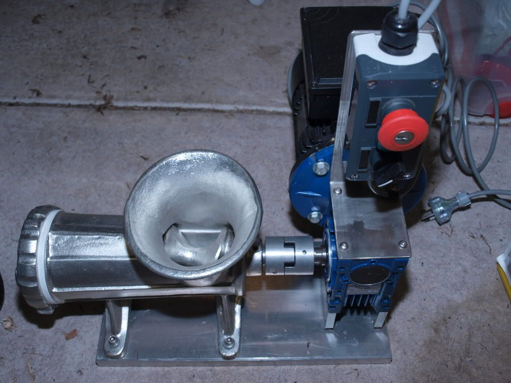 Electric Hand Mincer Designed For Generating Berley Mlyncek Na