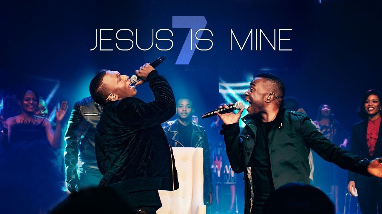 Spirit Of Praise 7 ft  Dumi Mkokstad & Takie Ndou - Jesus Is