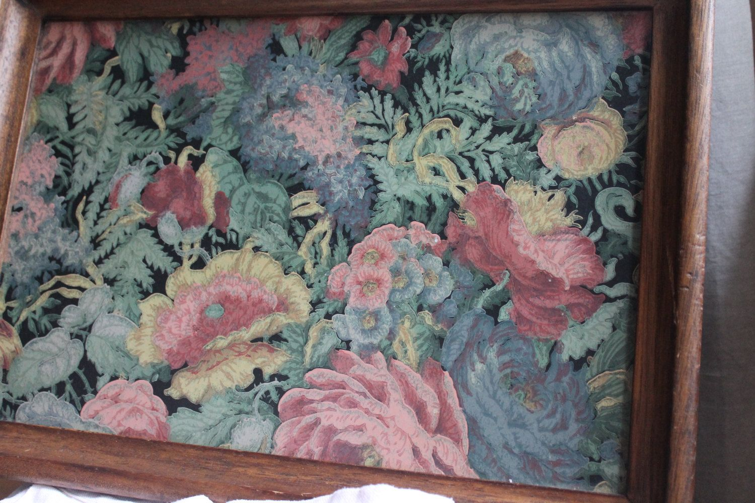 Lightweight wood tray with floral paintings. Drawings flowers. di LeBateauLavoir su Etsy