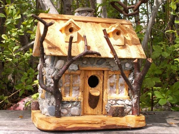 cabane d 39 oiseau tout pour les oiseaux pinterest cabanes oiseaux et nichoirs. Black Bedroom Furniture Sets. Home Design Ideas