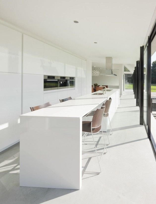 Hofman dujardin architects have designed the villa geldrop for Hofman dujardin architects