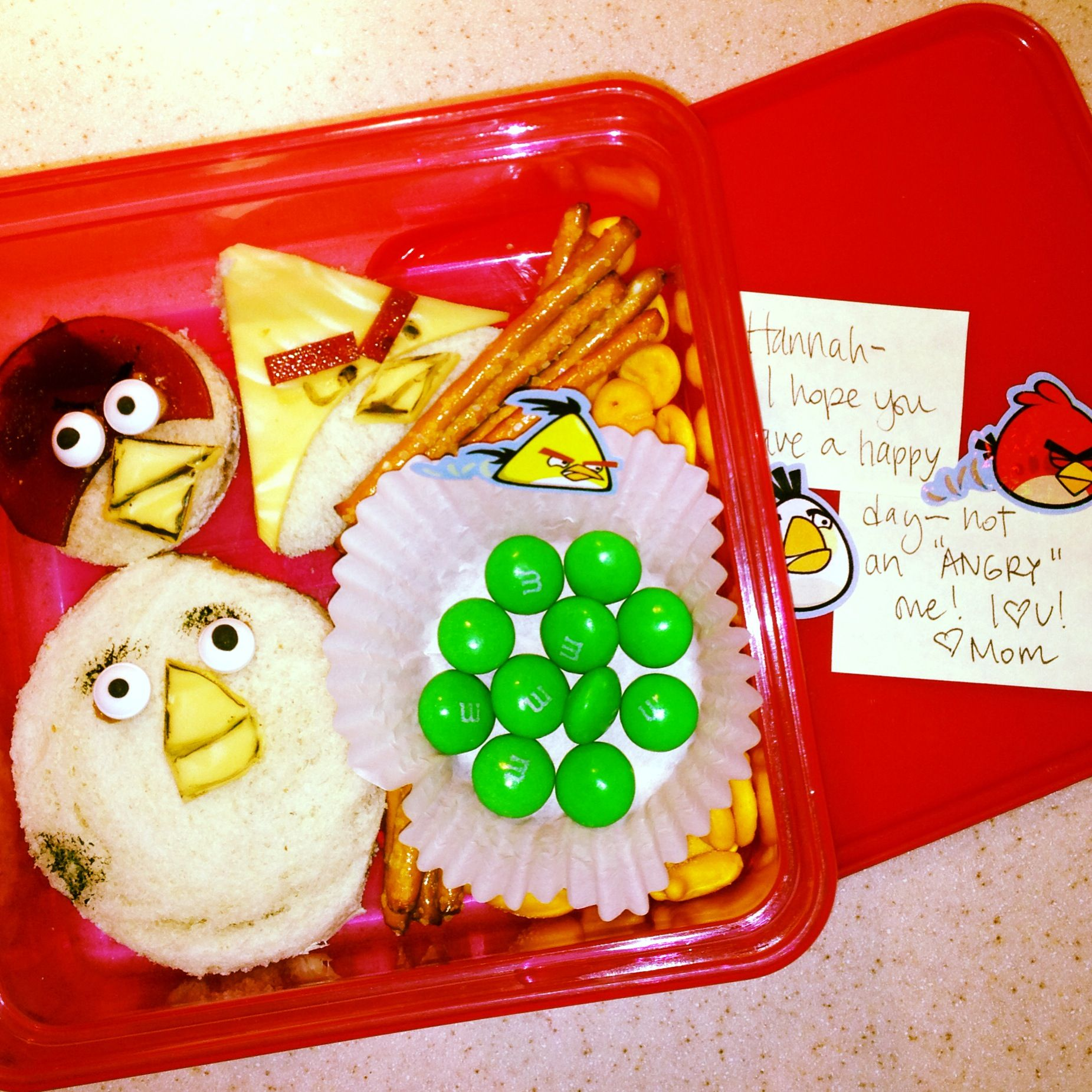 Angry birds lunch. RS