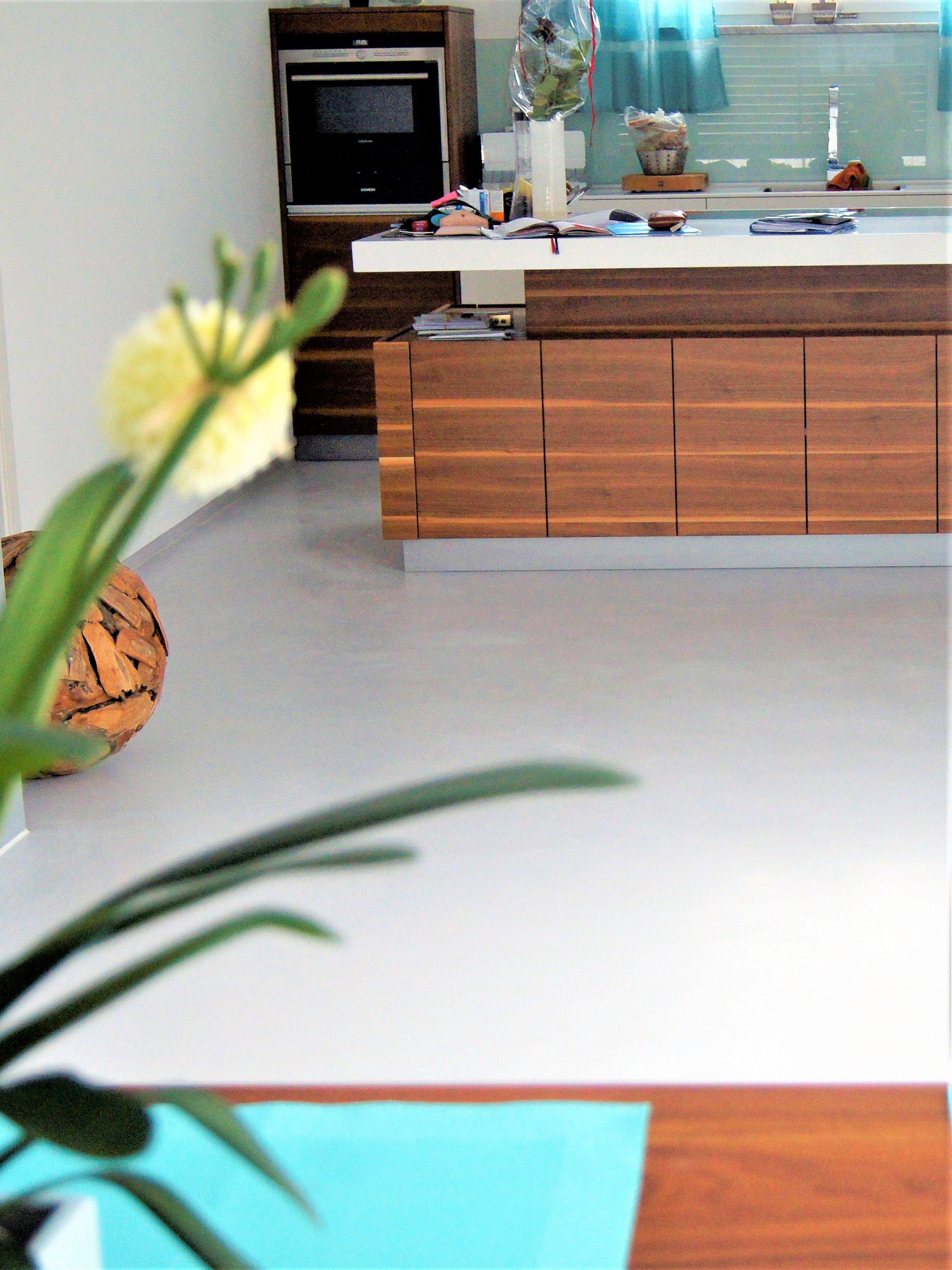 Fugenloser Boden Als Kuchenboden By Fugenlos Modern De Kuchenboden Haus Deko Boden