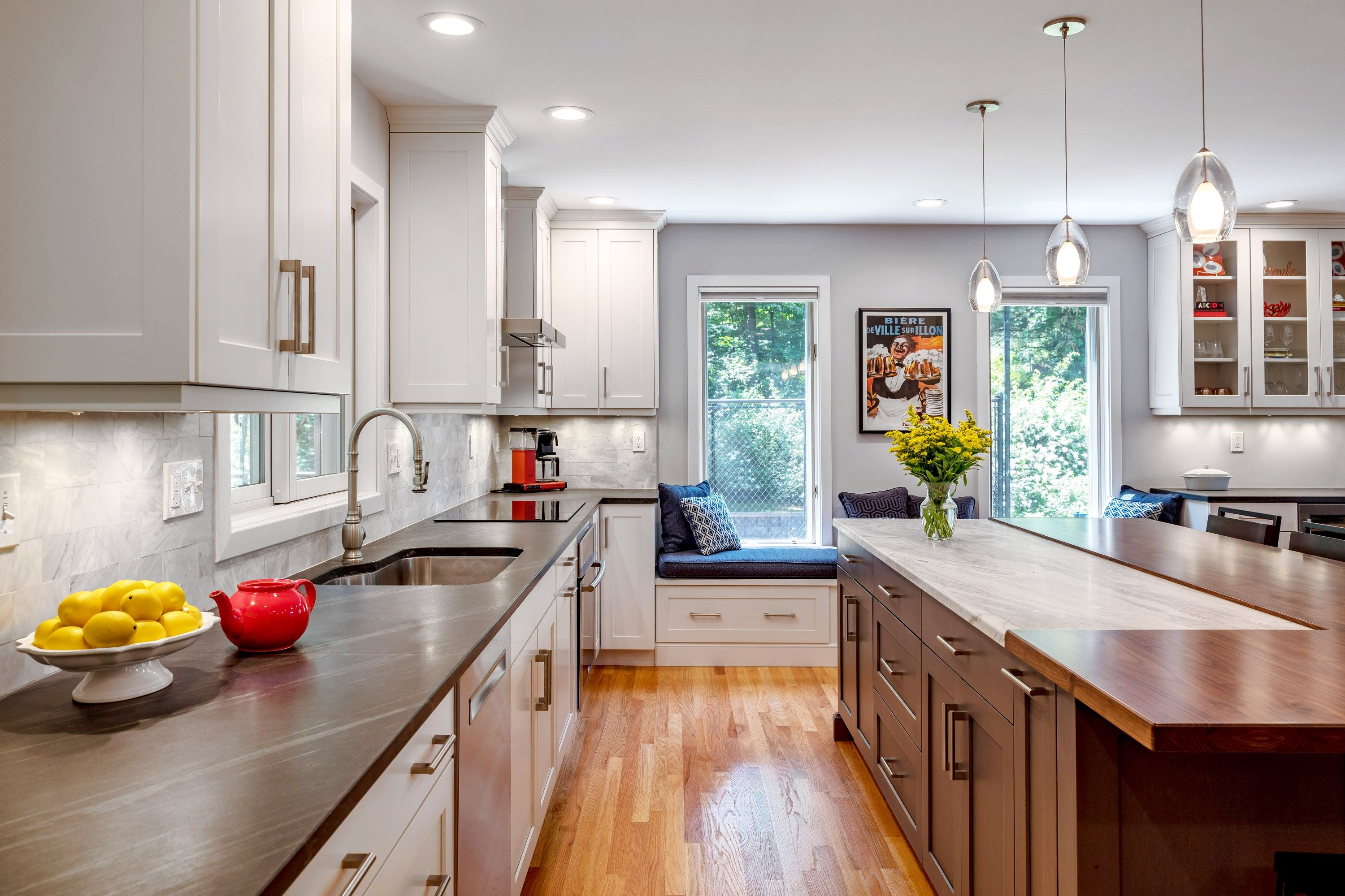 Bright Open Kitchen in Cheshire, CT | The Kitchen Company ...