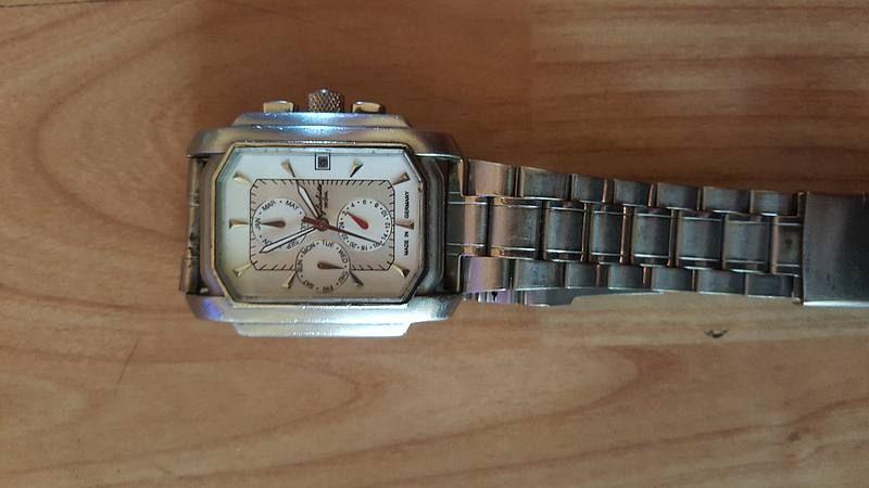 Armbanduhr In 2020 Antike Uhren Uhren Und Armbanduhr