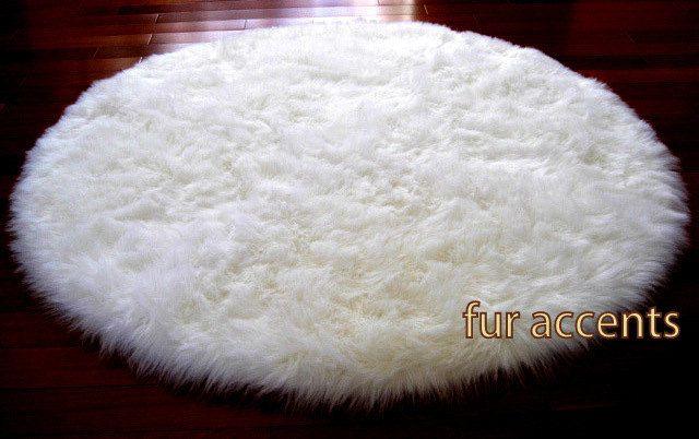 5 Foot Diameter Round Area Rug Warm White Faux Fur Bear Skin