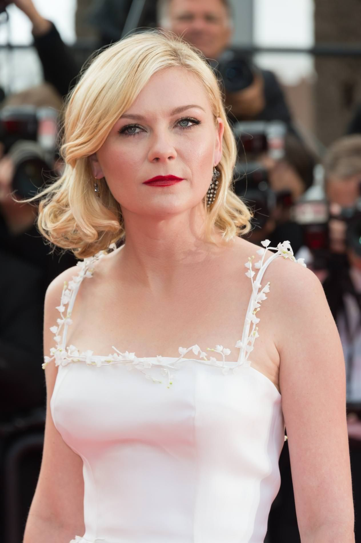 Communication on this topic: Georgia kousoulou, kirsten-dunst-old-lady-tits/