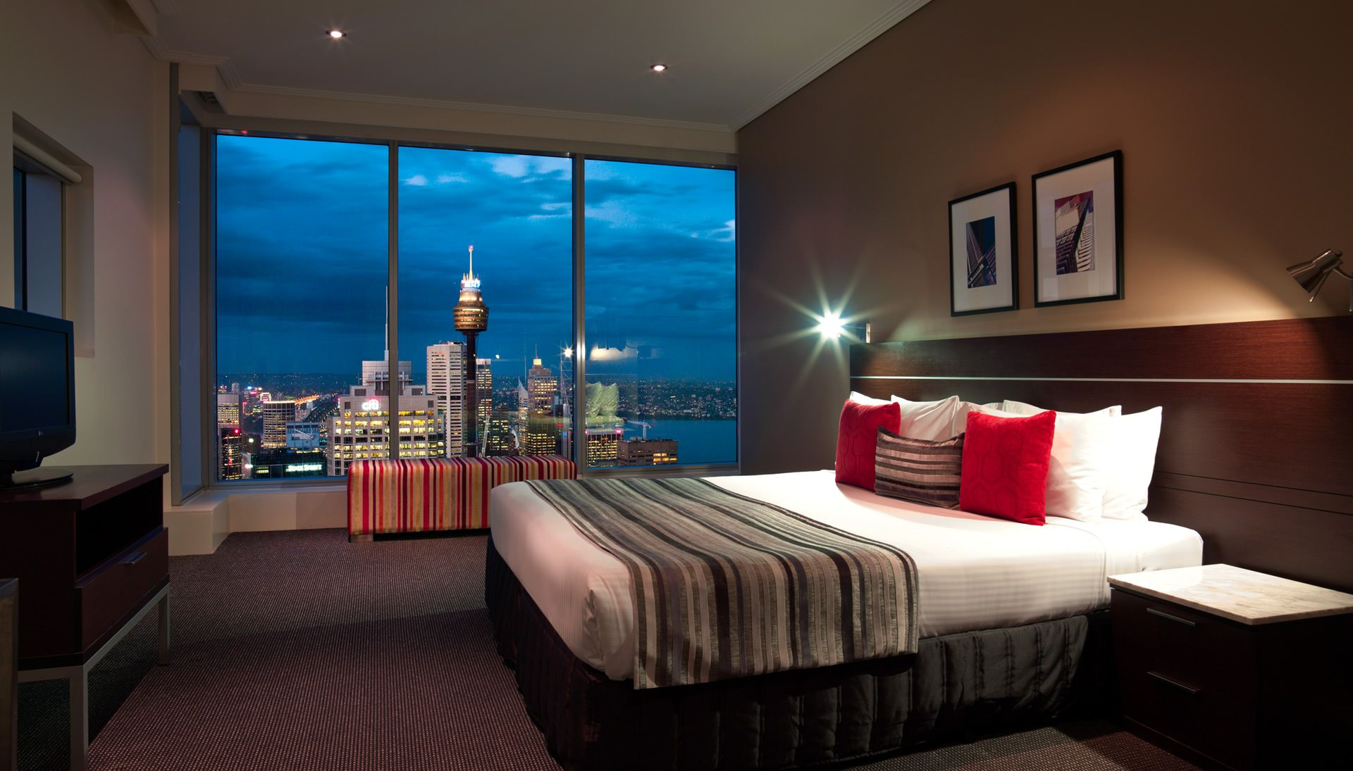 Meriton Serviced Apartment House. Penthouse Apartments Sydney ...
