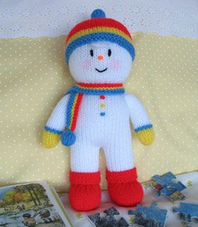 Knitted snowman, to go with my Christmas snowman theme #dollsdollsdolls