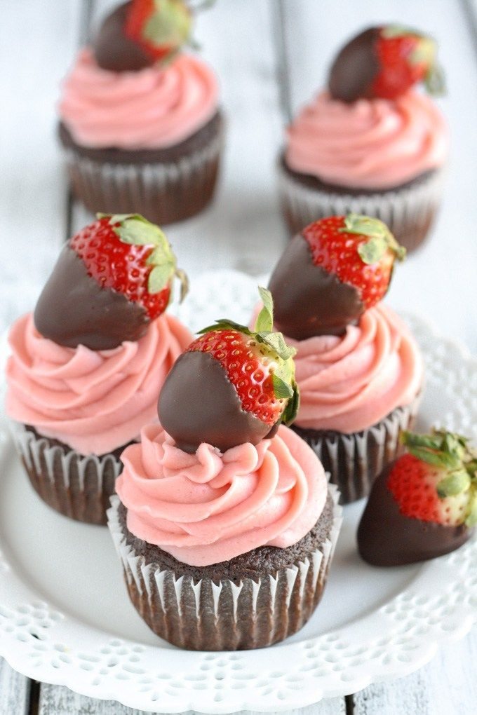 Valentine S Recipe And Tutorial Round Up Cupcakes Pinterest