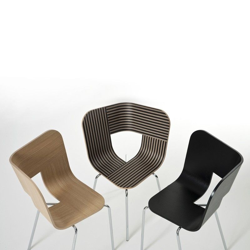 Tria metal Chair by Colé $213
