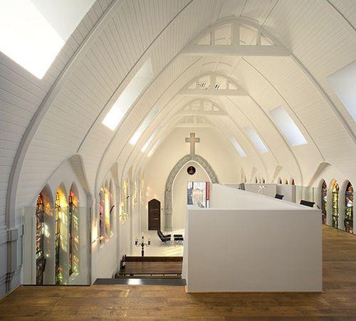 Une Église Remodelée Dans Une Résidence