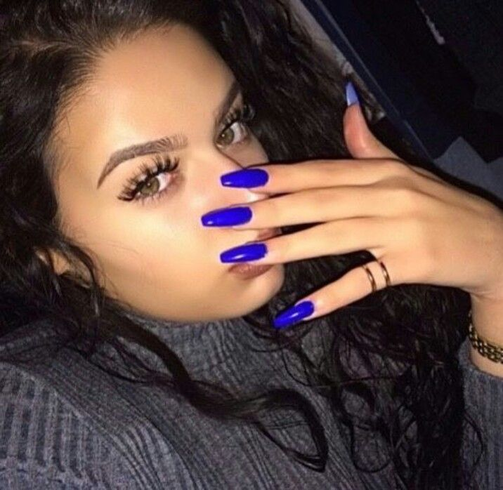 Royal Blue Squoval Acrylic Nails #AcrylicNailsDesigns