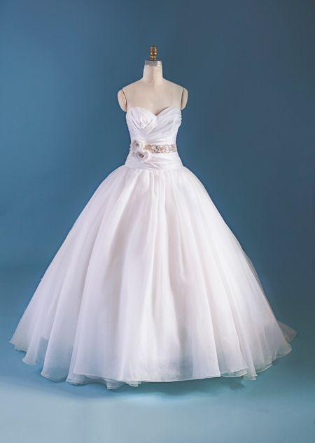 35 vestidos de novia inspirados en las películas de disney
