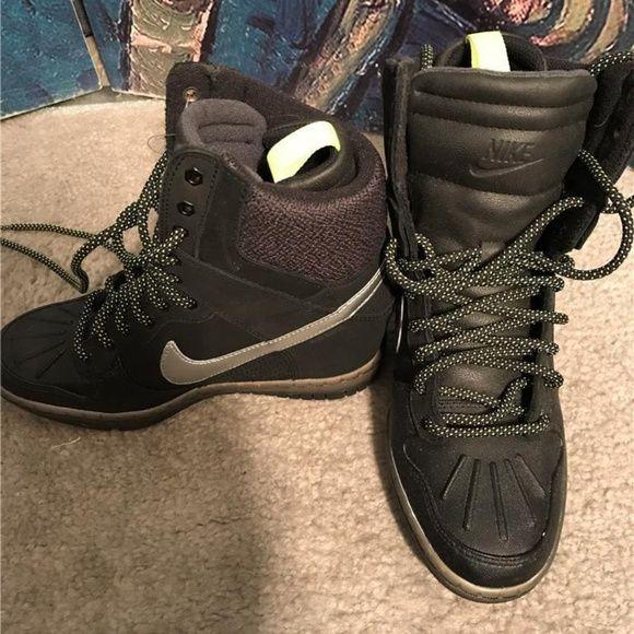 promo code 9eacb 3c859 Nike Dunk Sky Hi Sneakerboot Black Metallic 5.5 Nike Women Dunk Sky Hi  Sneakerboot 2.0 Black Metallic Silver 684954-001 Size 5.5 COLOR Black Metallic  ...