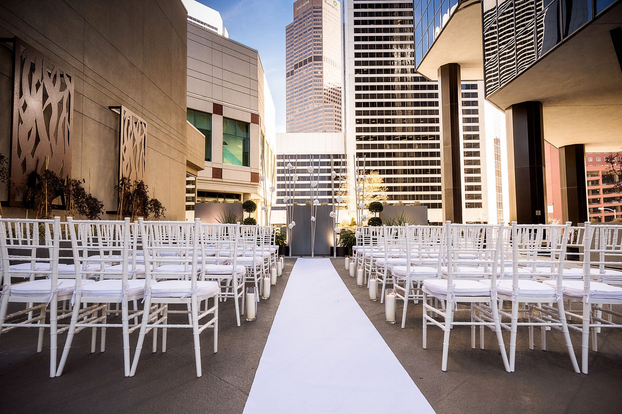 For vows with city views, wedding couples at The Ritz-Carlton, Denver hold their receptions outdoors on the Plaza Level Terrace.