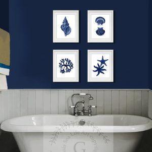 Navy blue bathroom decorating ideas for Bathroom decor royal blue