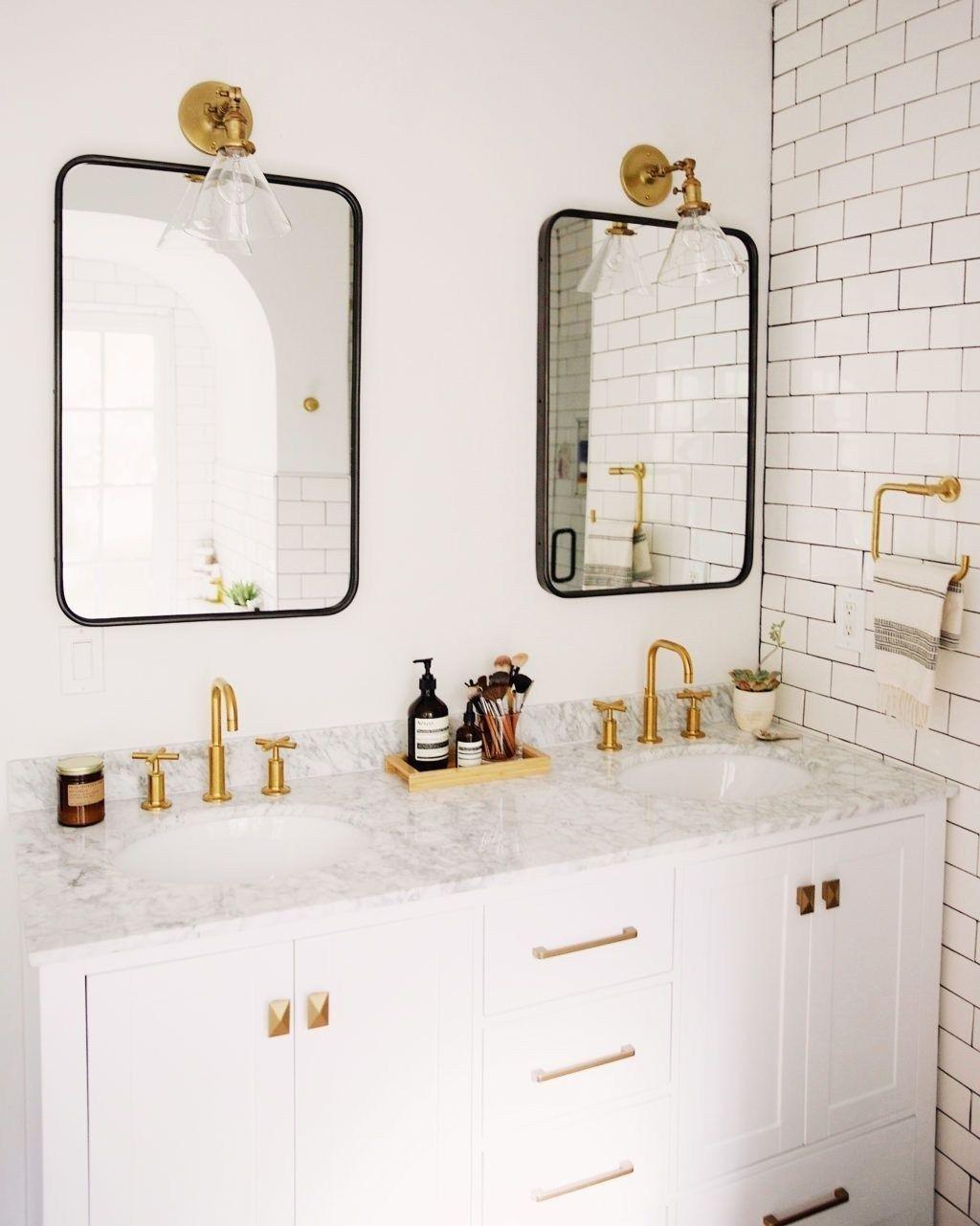 50 Stunning Bathroom Mirror Decor Ideas Pimphomee Badrum