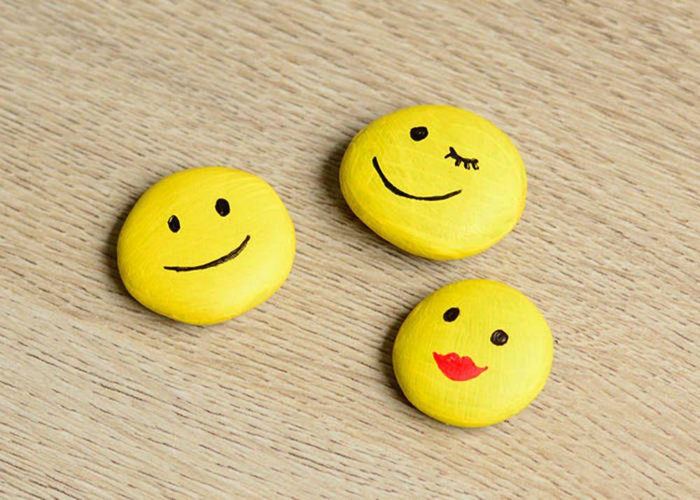 diy emoji magnets rock painting pinterest magnets rock painting and craft shop. Black Bedroom Furniture Sets. Home Design Ideas