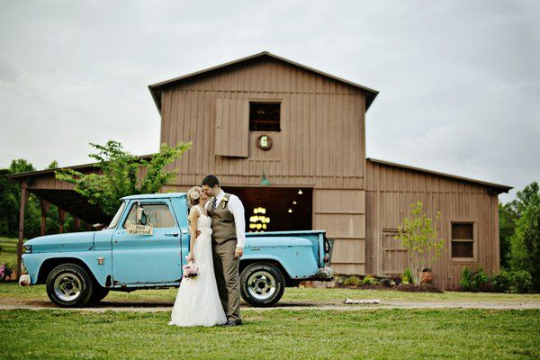 Paint a vintage pickup truck to match your wedding color palette.