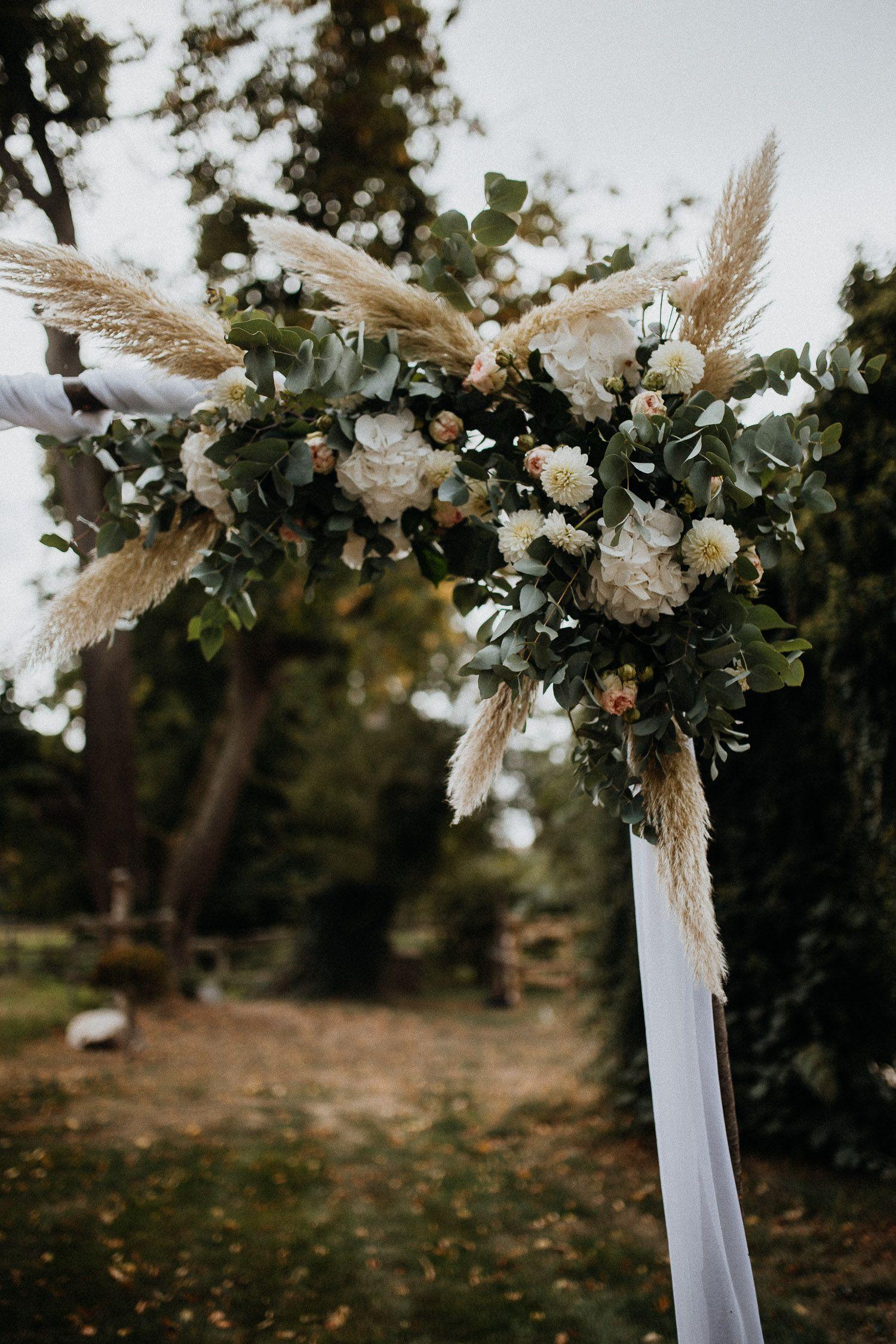Alte Olmuhle Schweppenhausen Diy Traubogen Sophia Kern Floraldesign Diy Hochzeit Blumenbogen Hochzeit