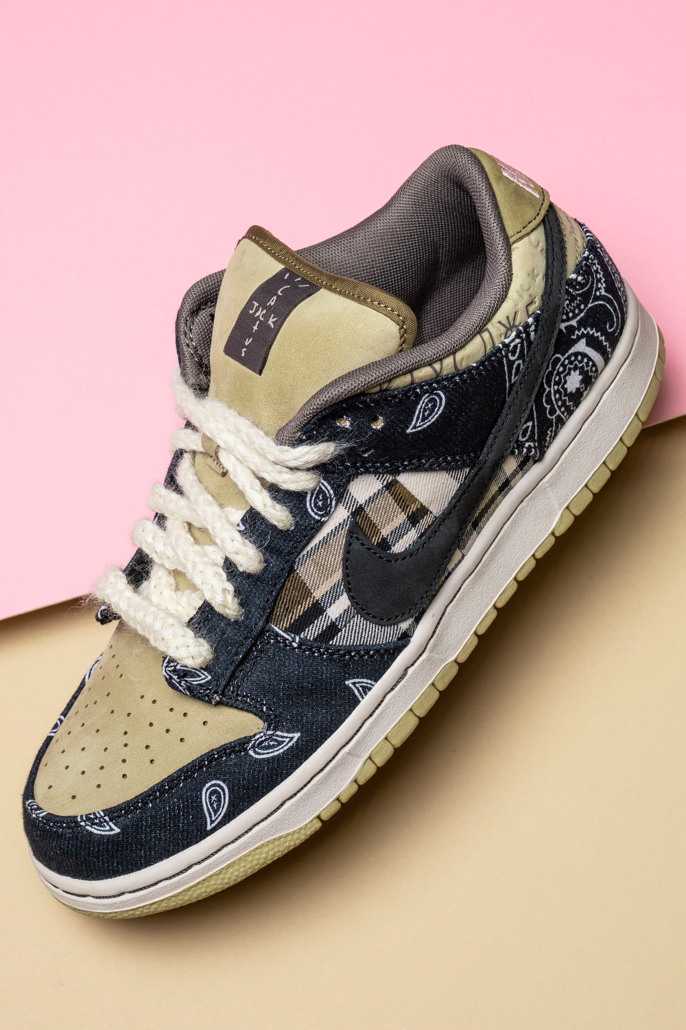 Nike Sb Dunk Low Travis Scott Ct5053 001 2020 In 2020 Sneakers Men Fashion Travis Scott Shoes Nike Shoes Outfits