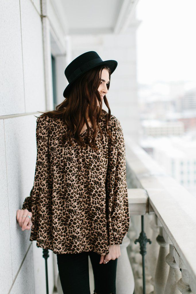 Leopard Collar Blouse- Brown