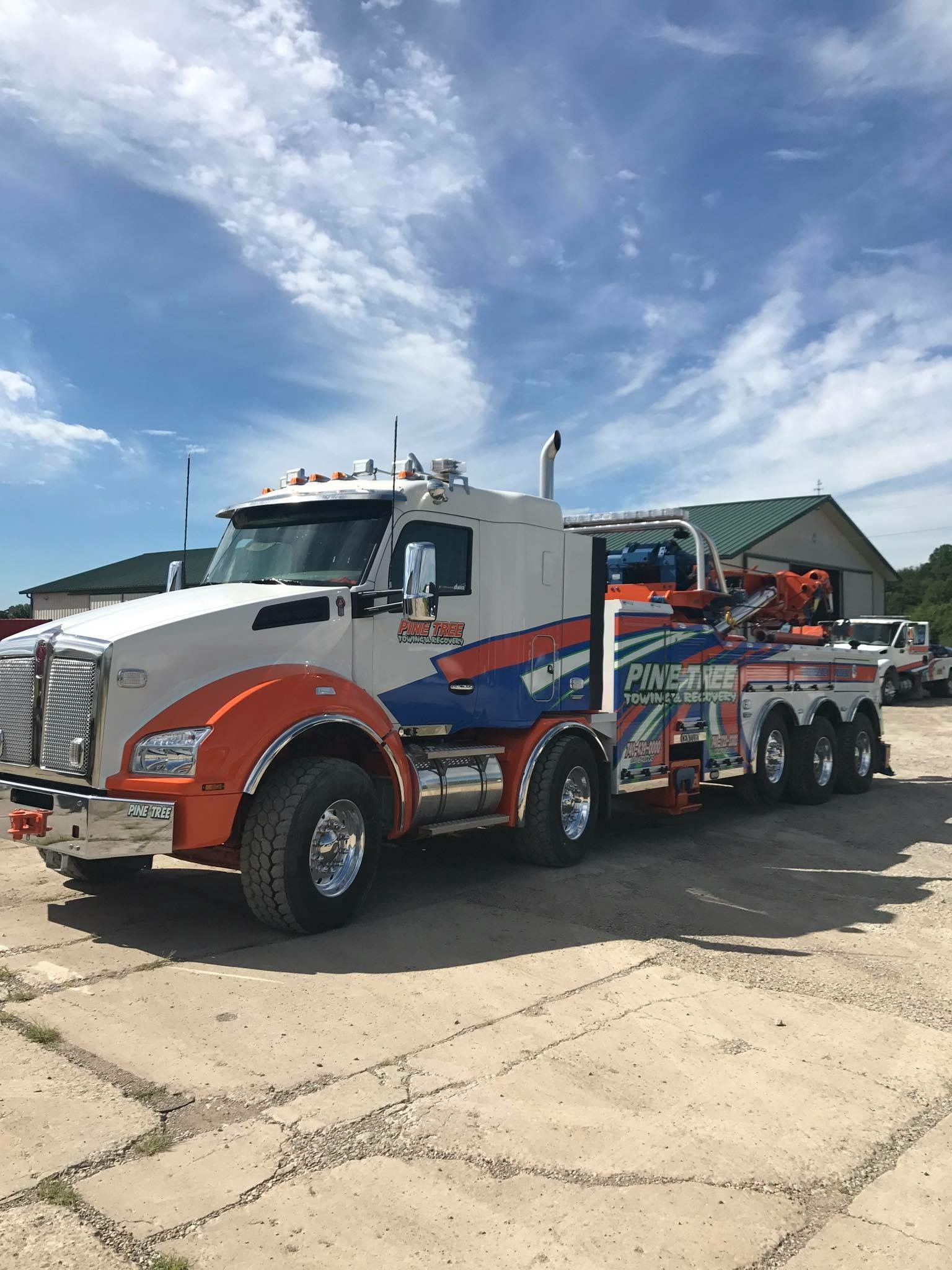 Pine Tree Towing And Recovery Cambridge Oh Kenworth T880 Twin Steer W Century 1150 Rotator Car Hauler Trailer Big Trucks Trucks