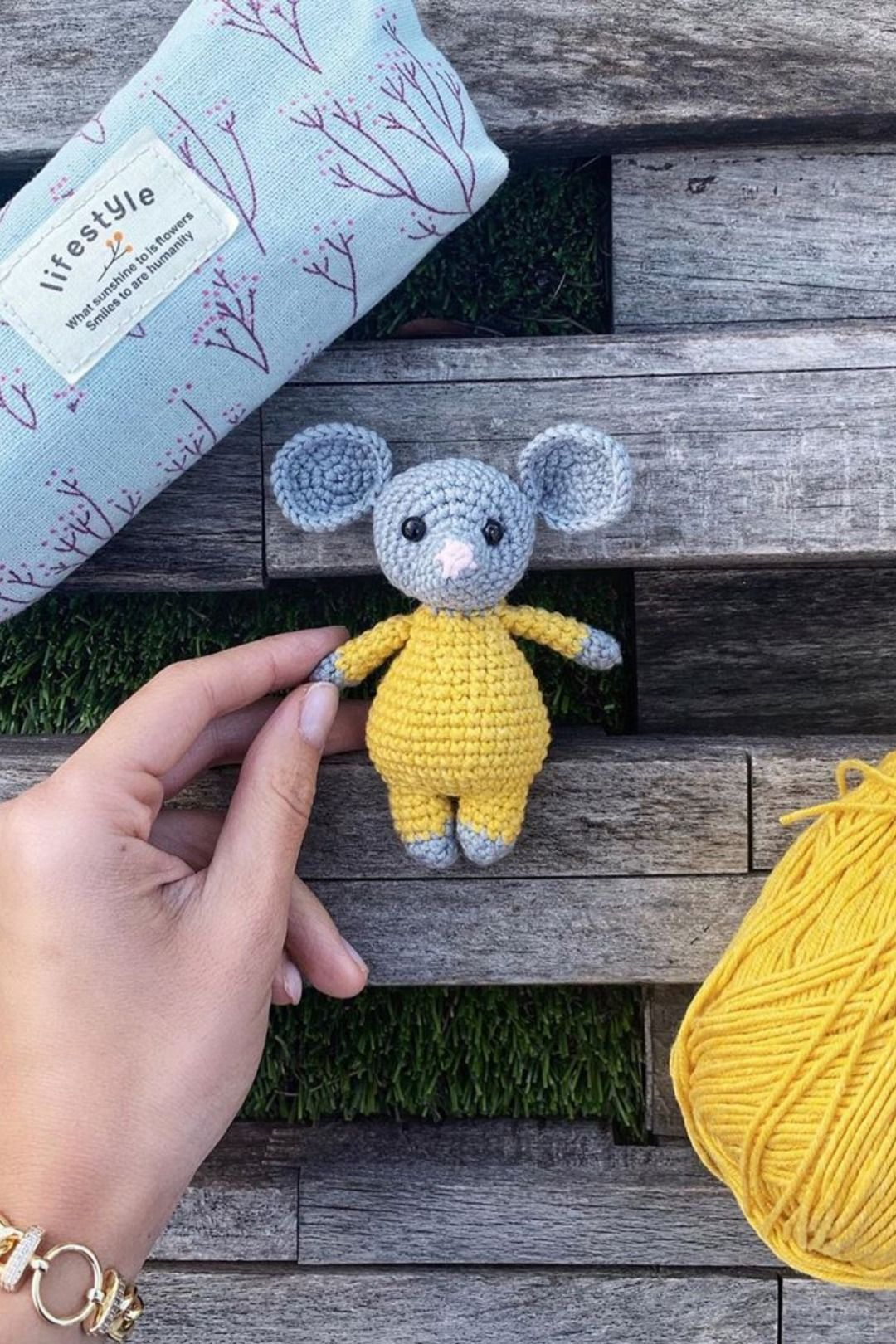 Little Amigurumi Cat Free Crochet Pattern - Stella's Yarn Universe | 1620x1080