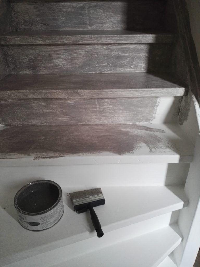 Wonderbaarlijk In 2 stappen een betonlook muur! | Trappen schilderen, Verf trap, Trap GJ-29