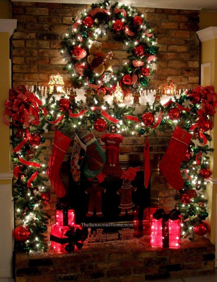 Traditional Christmas Lights.Traditional Christmas Fireplace Decor With Christmas Lights