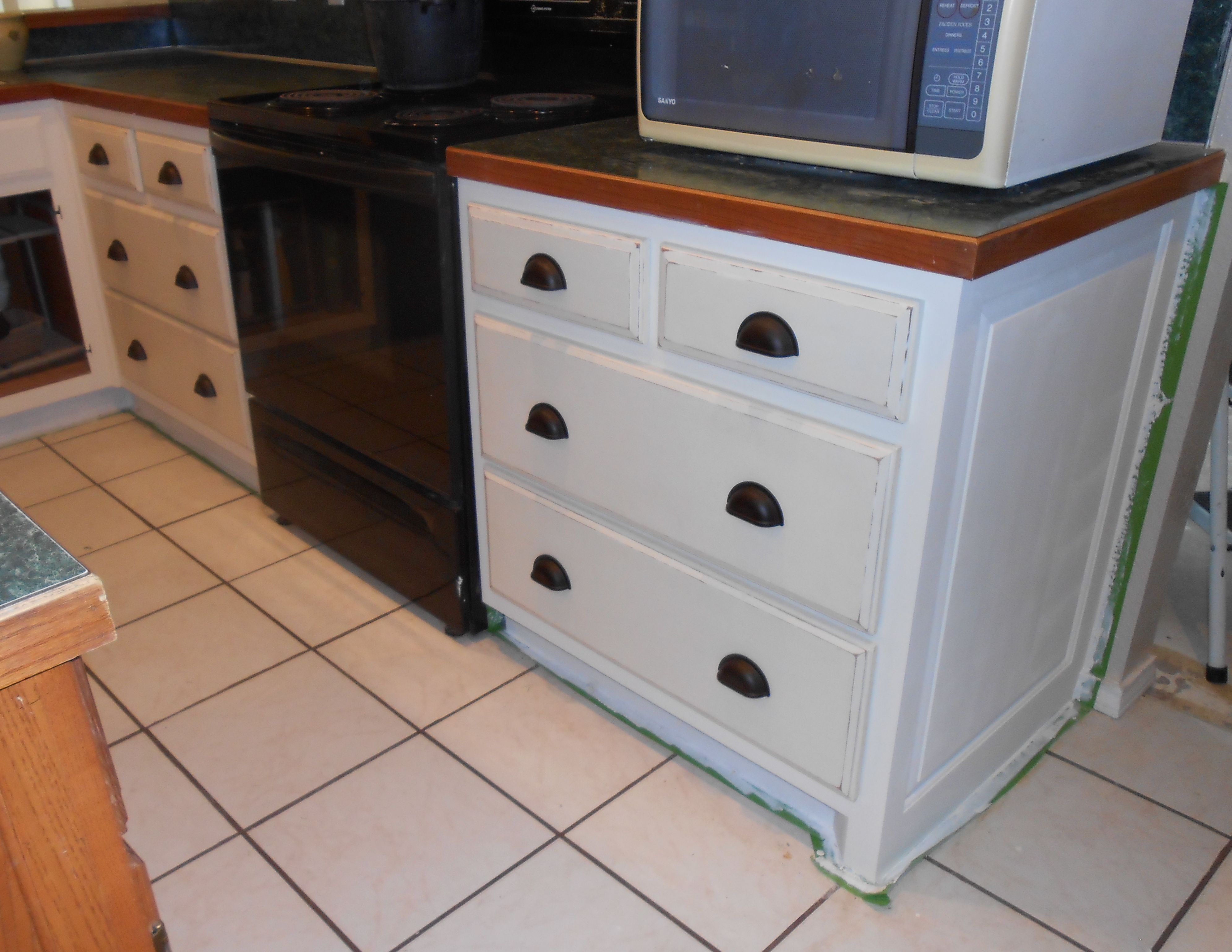 kitchen_stove_cabinet_lower1