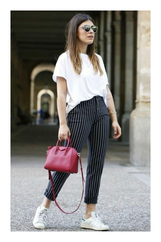 5289695188 ¿Cómo crear looks casuales con los zapatos básicos de tu  guardarropa  TiZKKAmoda  tshirt  combinar  blanco  ootd  lookbook