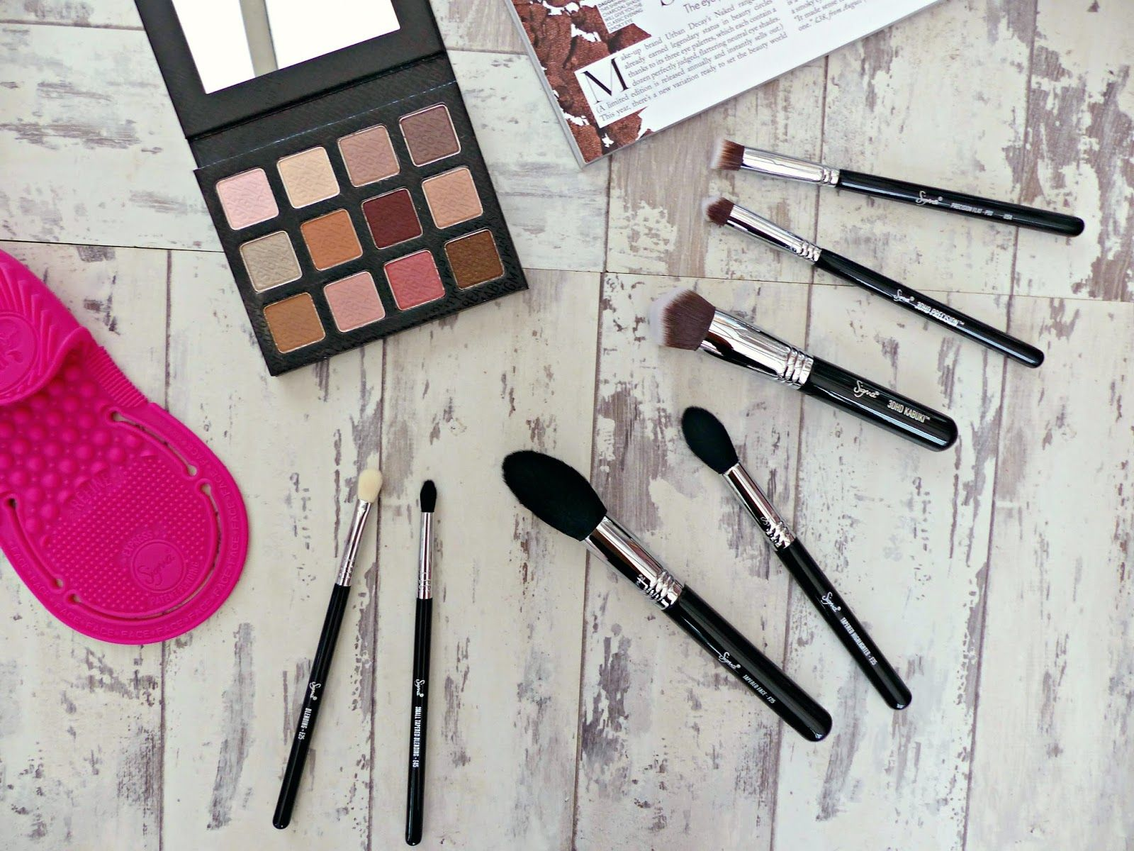 Discovering Sigma Beauty | Brush, Makeup & Tool Reviews  http://www.jasminetalksbeauty.com/2015/09/discovering-sigma-beauty-brush-makeup.html  #bblogger #bbloggers #beautyblogger #sigmabeauty #makeup #beauty