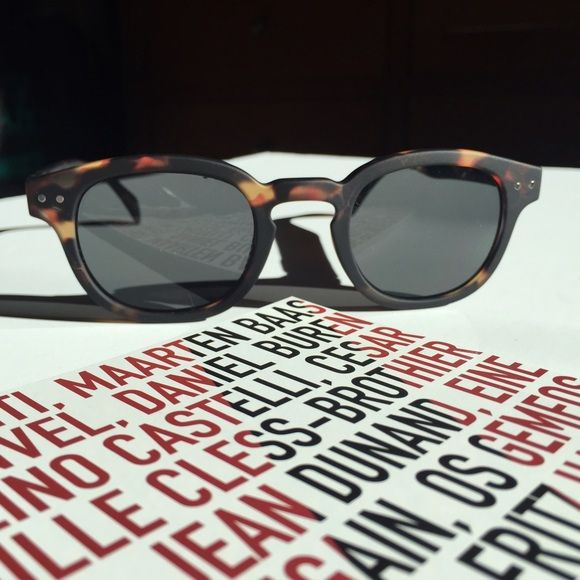 GIFTED - Tortoise Sunnies  NWT Lunettes de soleil / tortoise sunnies by See Concept - Paris. Fun pair to grab when you're on the go, or taking a break from your glam designer pair. Bendable side arms. Comes with gift box, soft case. See Concept Paris Accessories Sunglasses
